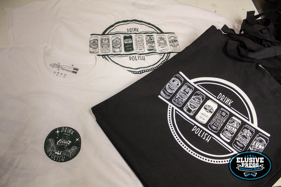 single colour screen printing on t-shirts and tote bags